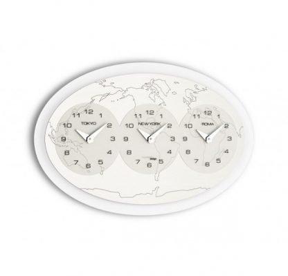 orologio incantesimo design tre ore nel mondo