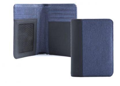 portafoglio in verticale nava linea twin con 7 tasche per carte di credito ed rfid colore blu aperto e chiuso