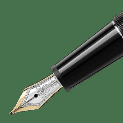 Stilografica Classique Platinum Montblanc in pregiata resina nera con finiture placcato platino pennino in oro giallo e oro bianco