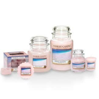 Candele profumate yankee candle fragranza Pink Sands disponibile in più formati grande media piccola per auto tea light sampler e tart