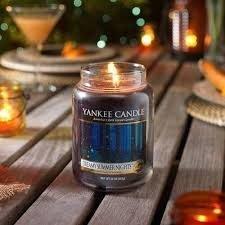 Candele profumate yankee candle fragranza Dreamy summer night disponibile in più formati grande media piccola per auto tea light sampler e tart