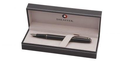 stilografica sheaffer prelude colore nero lucido con finiture colore canna di fucile