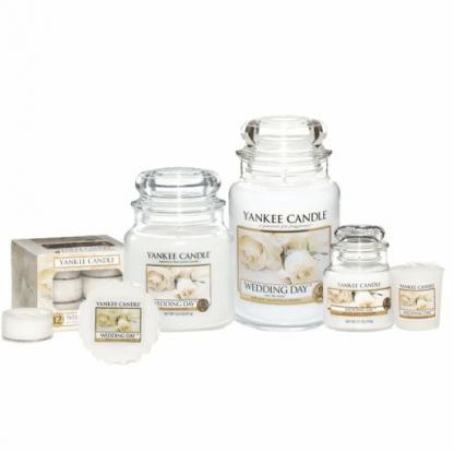 Candele-profumate-yankee-candle-fragranza-Wedding-Day-disponibile-in-più-formati-grande-media-piccola-per-auto-tea-light-sampler-e-tart