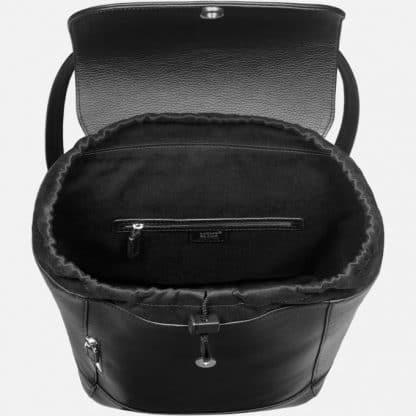 Zaino montblanc medio Meisterstuck Soft Grain colore nero particolare dell'interno a pozzetto