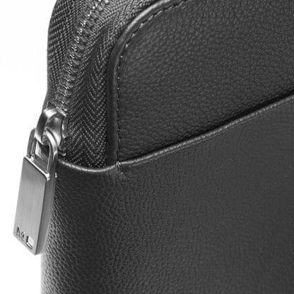 Folder Moleskine Match in pelle nero dettaglio chiusura